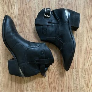 Lucky Brand Leather Cowboy Booties 10